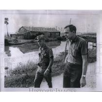 1965 Press Photo Anthony Ripley Beltron Gray Vietnam - RRX22157