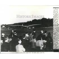 1939 Press Photo Ted Bellak-flies over Lake Michigan in glider - cvw15804