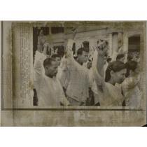 1968 Press Photo Viet Cong War Defectors Freedom