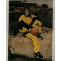 Press Photo Karen Blair,basketball player - RRX40709