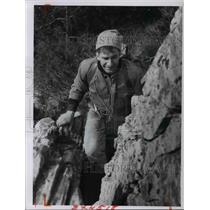 1964 Press Photo Kurt Jenny-mountain climbing - cvb24668