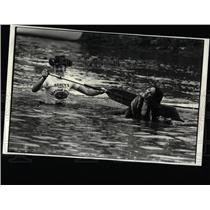 1980 Press Photo Boat Overturned in Canoe Marathon.