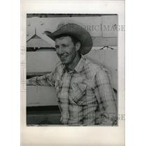 1960 Press Photo Tater Decker American Rodeo Cowboy - RRW98233