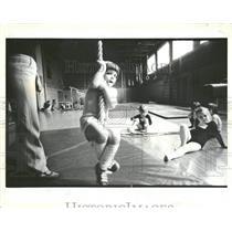 1983 Press Photo South Side Children Gymnasium Chicago