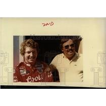 1984 Press Photo Bill Elliot Harry Melling Car Racing - RRW77673