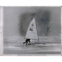 1963 Press Photo Oscar Anderson,ice boating - RRW84367