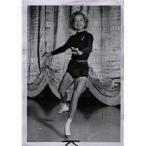 1952 Press Photo Sonja Henie ice skater - RRW74689