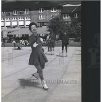 1960 Press Photo Mary Louise Riede Skater Michigan - RRX88079