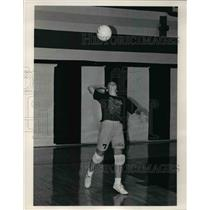 1990 Press Photo Amy Mikut, Strongsville, Volleyball - cvb45129