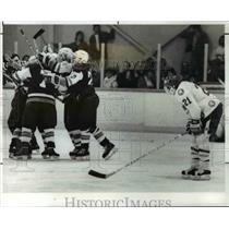 1989 Press Photo Chuck Kurilko as Padua celebrates with his team after 3rd goal