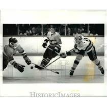 1987 Press Photo Edwards vs Cleveland Height-State Hockey championship