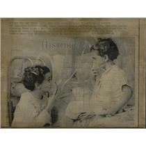 1969 Press Photo Judy Lorrie Hlake cystic fibrosis kids - RRW05063