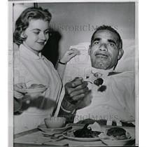 1959 Press Photo Hospital Patient Receives Steak Dinner - RRW08499
