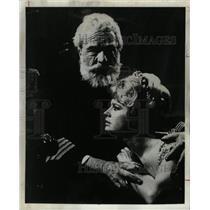 1966 Press Photo Maurice Evans, English Actor. - RRW14901