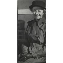 1943 Press Photo Inez Robb International News Official - RRX87995