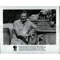 1988 Press Photo Sir David Attenborough - RRW85337