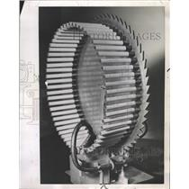 1954 Press Photo Circular Machine Smokes Cigarettes - RRW41249