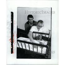 1981 Press Photo Poland Refugees Detroit - RRX35303