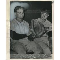 1960 Press Photo Baltimore Oriole baseball players Clint Courtney, Bobby Thomson