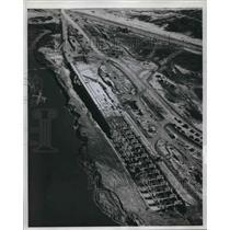1961 Press Photo Aerial view at Greens Bayou, Loading facilities - hcx05373