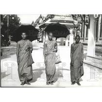 1941 Press Photo Buddhist Priests on a Bangkok Street, Thailand - spb04237