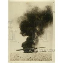 1928 Press Photo RAF plane set on fire by pilot following crash landing