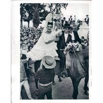 1964 Press Photo Spanish Matador Manuel Segura & Toni Congdon - ner225
