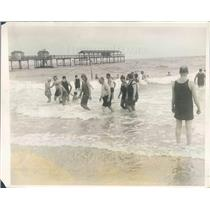 1928 Press Photo Palm Beach FL Society at Breakers Beach for Winter - ner38843
