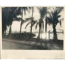 1930 Press Photo Palm Beach FL Setting Sun Reflected in Lake Worth - ner38861