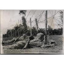 1949 Press Photo Yugoslavian army unit maneuver equip - RRX63061