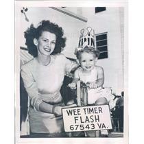 1946 Press Photo Miami Beach FL Mrs Otto Sprinkle, Diane Sue Sprinkle