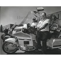 1991 Press Photo Shirley and Gary Johnston prepare for Gold Rush gathering