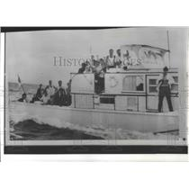 1965 Press Photo Cuban refugees crowd aboard A-Bell boat to Key West - spa92319