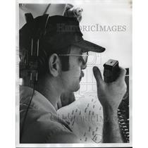 1978 Press Photo Alabama-Carroll Honeycutt uses radio to help fight forest fires