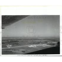 1988 Press Photo Aerial view of Fort Bend County Hull Airport - hcx06176