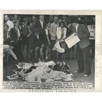 Press Photo Sympathizers German language Communist burn - RRX81871