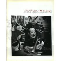 "1990 Press Photo Juames Augustin, Civil War Buff, in ""Trophy Room"" - noa24208"