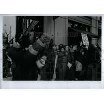 1991 Press Photo Middle East Anti War Demonstrators - RRX56471