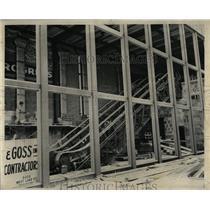 1955 Press Photo Window Escultor Modern Six Foot - RRW61645