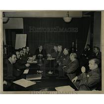 1946 Press Photo General Motor Employees Strike - RRW00421