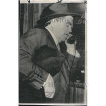 1950 Press Photo John Lewis CIO leader on telephone at hotel lobby.