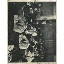 1938 Press Photo Board Education Hearing Tests School - RRX96117