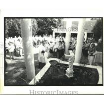 1995 Press Photo Officials Rededicate Monument to Victims of Pan Am Flight 759