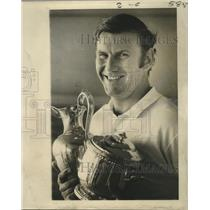 1972 Press Photo Ed Bennett with Trophies - nos04774