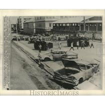1964 Press Photo Cars wrecked and burned on President Kennedy Avenue in Panama