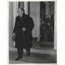 1941 Press Photo Japanese Ambassador Kichisaburo Nomura leaves Japanese Embassy