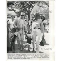 1960 Press Photo Prince Rainier and Princess Grace with children Isle of Capri