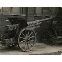 1920 Press Photo German Field piece hit by Enemies gun - nem48858