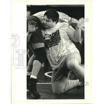 1995 Press Photo John Culver, Jesuit Wrestler at Practice - nos09175