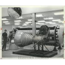 1964 Press Photo Man Visiting Huntsville, Alabama Marshall Space Flight Center